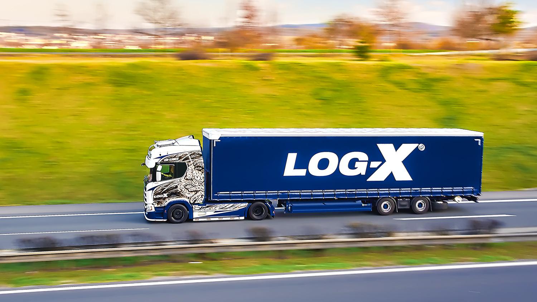 Souprava Scania 1NO LIMIT s návěsem Berger Ecotrail společnosti LOG-X od Jan Stojan Photography ©