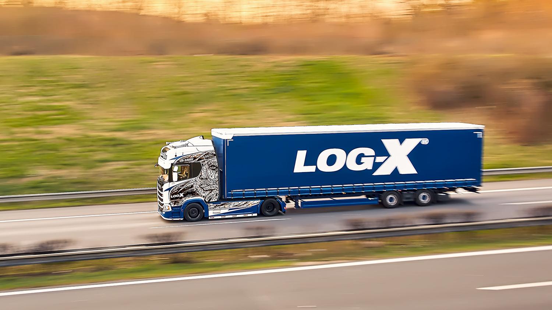 Kamion Scania 1NO LIMIT s návěsem Berger Ecotrail společnosti LOG-X od Jan Stojan Photography ©