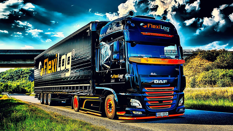 Souprava DAF Black Diamond s návěsem společnosti FlexiLOG od Jan Stojan Photography ©