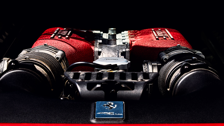 Motor Supersportu, červeného Ferrari 458 Italia od Jan Stojan Photography ©