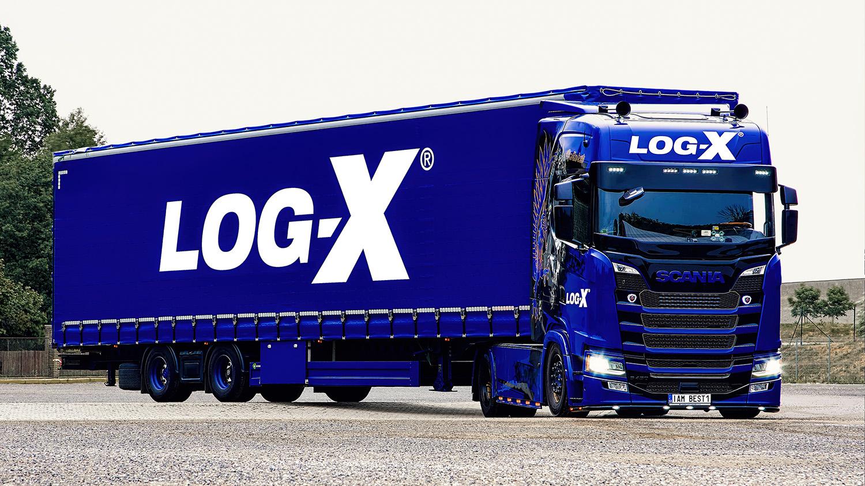 Souprava Scania IAM BEST1 s návěsem Berger Ecotrail společnosti LOG-X od Jan Stojan Photography ©