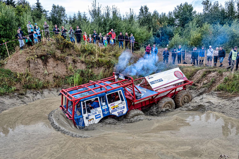 Tatar 8×8 KOLOS na truck trialu v Jihlavě 2020
