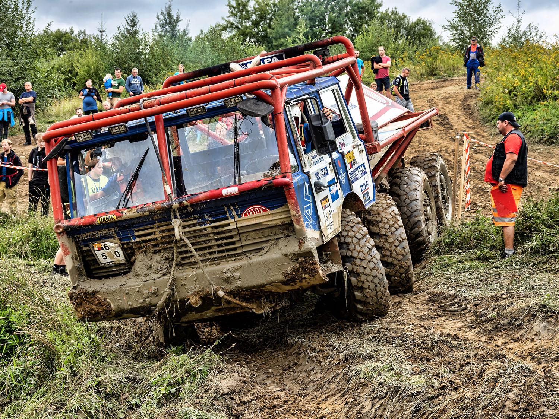 Tatar 8×8 KOLOS na truck trialu